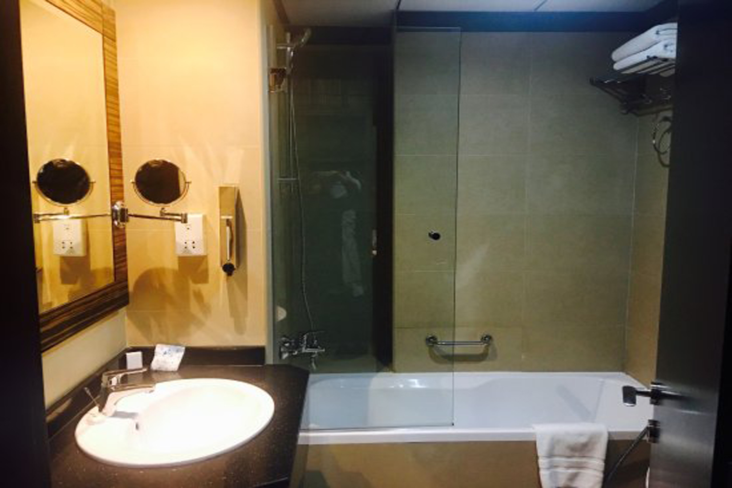 bathroom-image-1.jpg