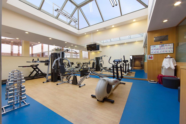 fitness-center-image-3.jpg
