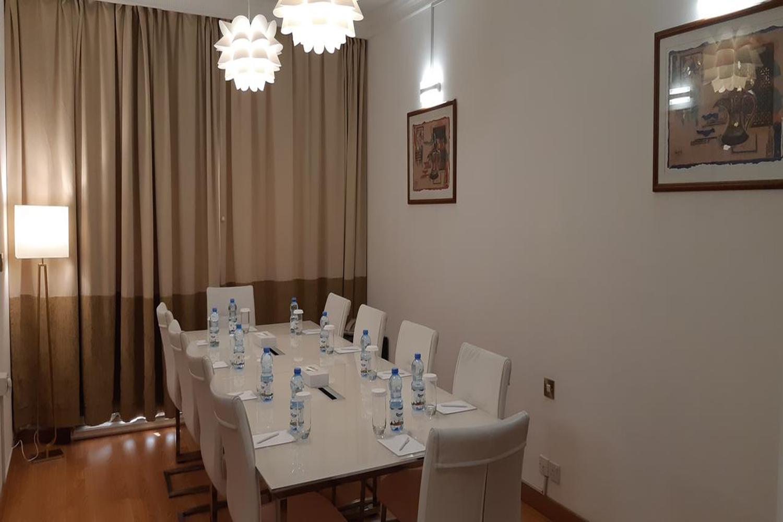 meeting-room-image-1.jpg
