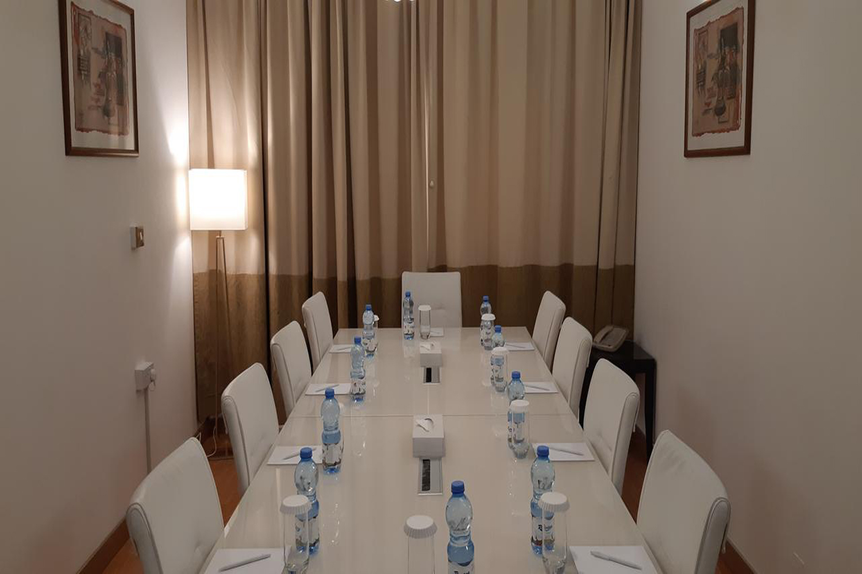 meeting-room-image-2.jpg