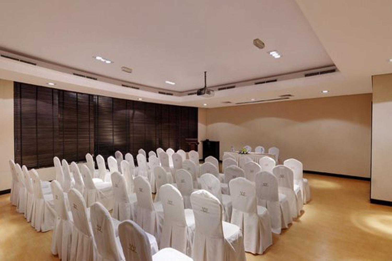 meeting-room-image-4.jpg