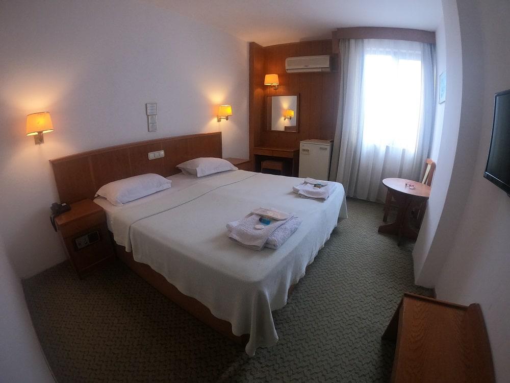 hotelguleryuzgallery_snglrm-min.jpg