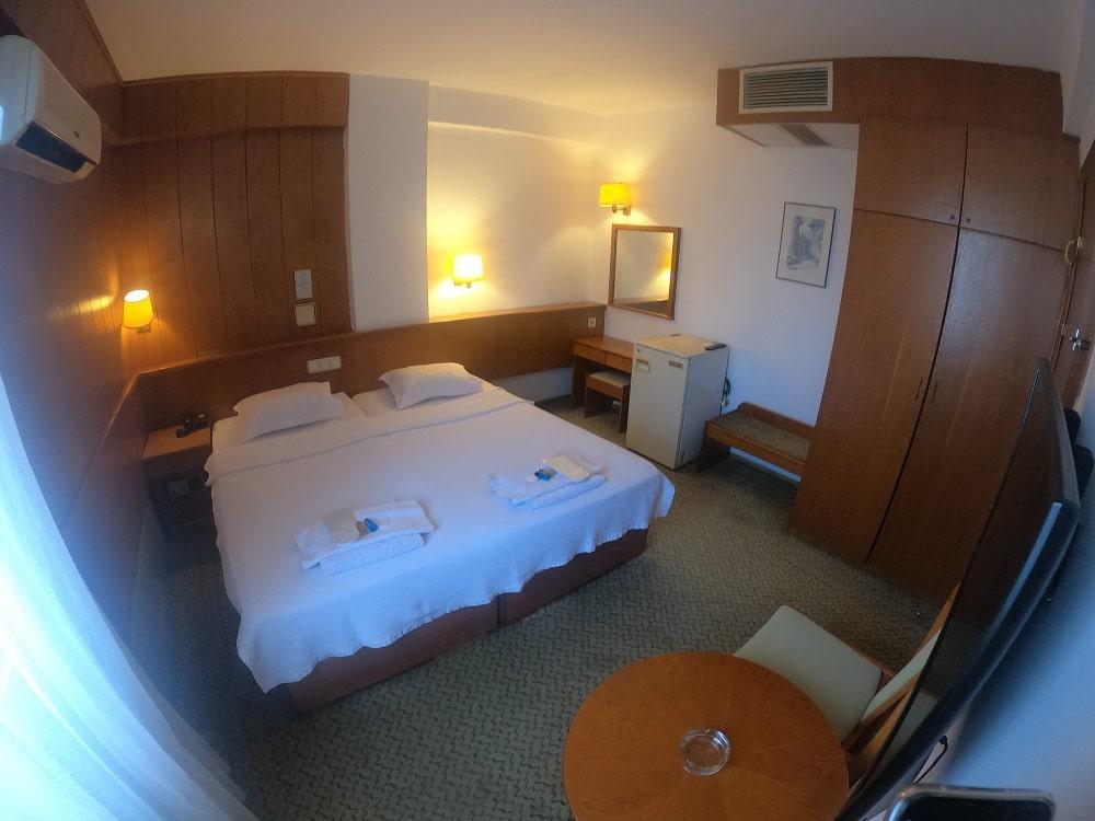 hotelguleryuzgallery_snglrm_2-min.jpg