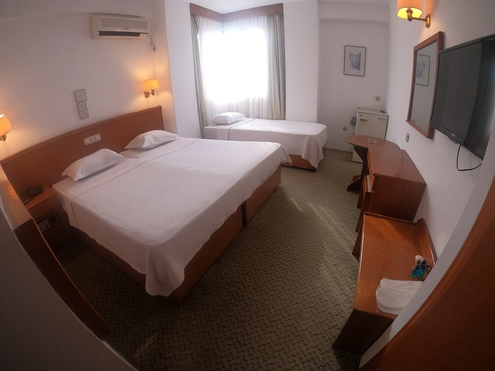 hotelguleryuzgallery_trplrm_2-min.jpg