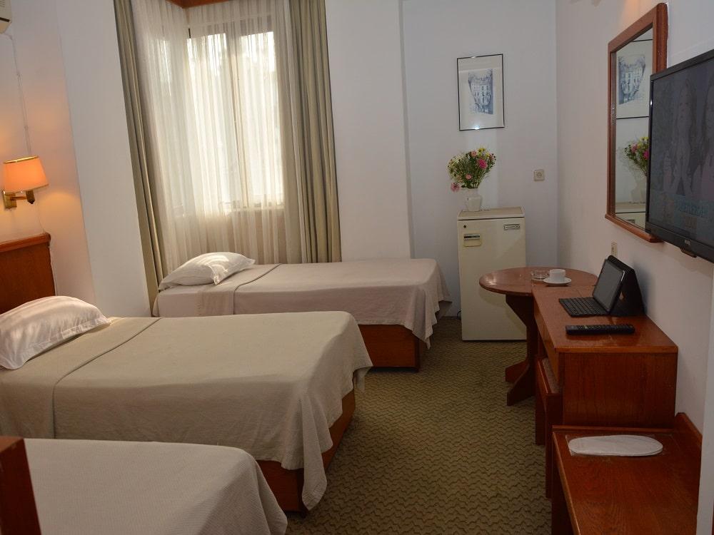 hotelguleryuzgallery_trplrm_6-min.jpg