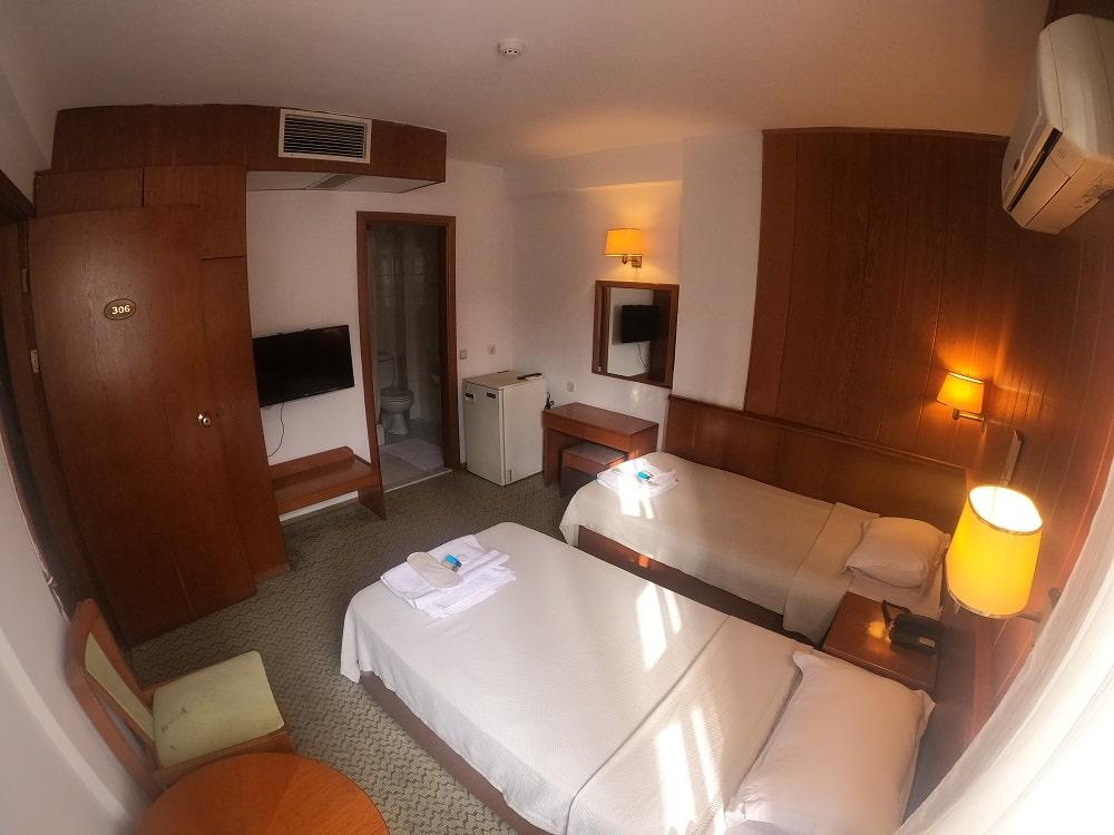 hotelguleryuzgallery_twnrm_1-min.jpg