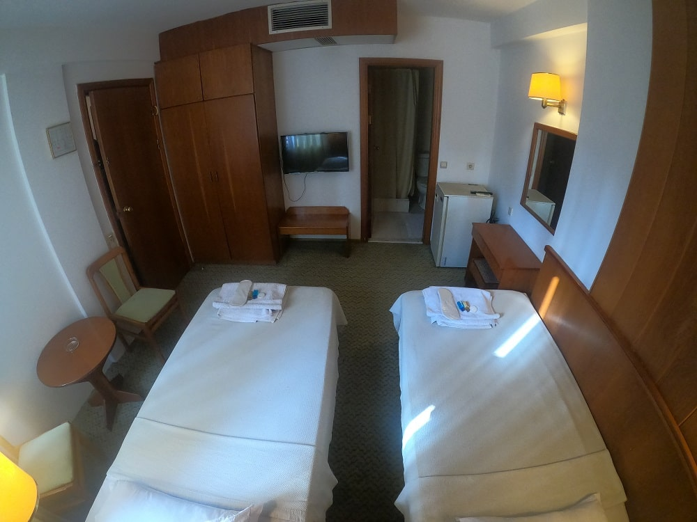 hotelguleryuzgallery_twnrm_5-min.jpg