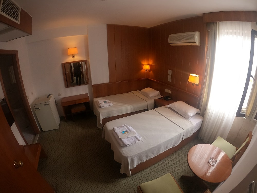hotelguleryuzgallery_twnrm_6-min.jpg