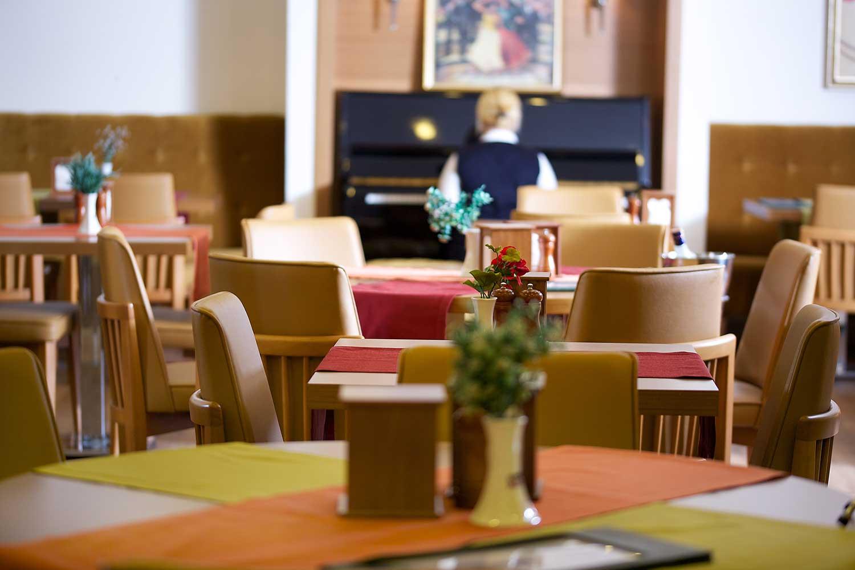 Image restaurant14.jpg