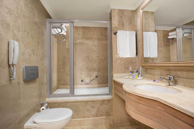 IC-Residence-Lake-Deluxe-Villa-08-1.jpg