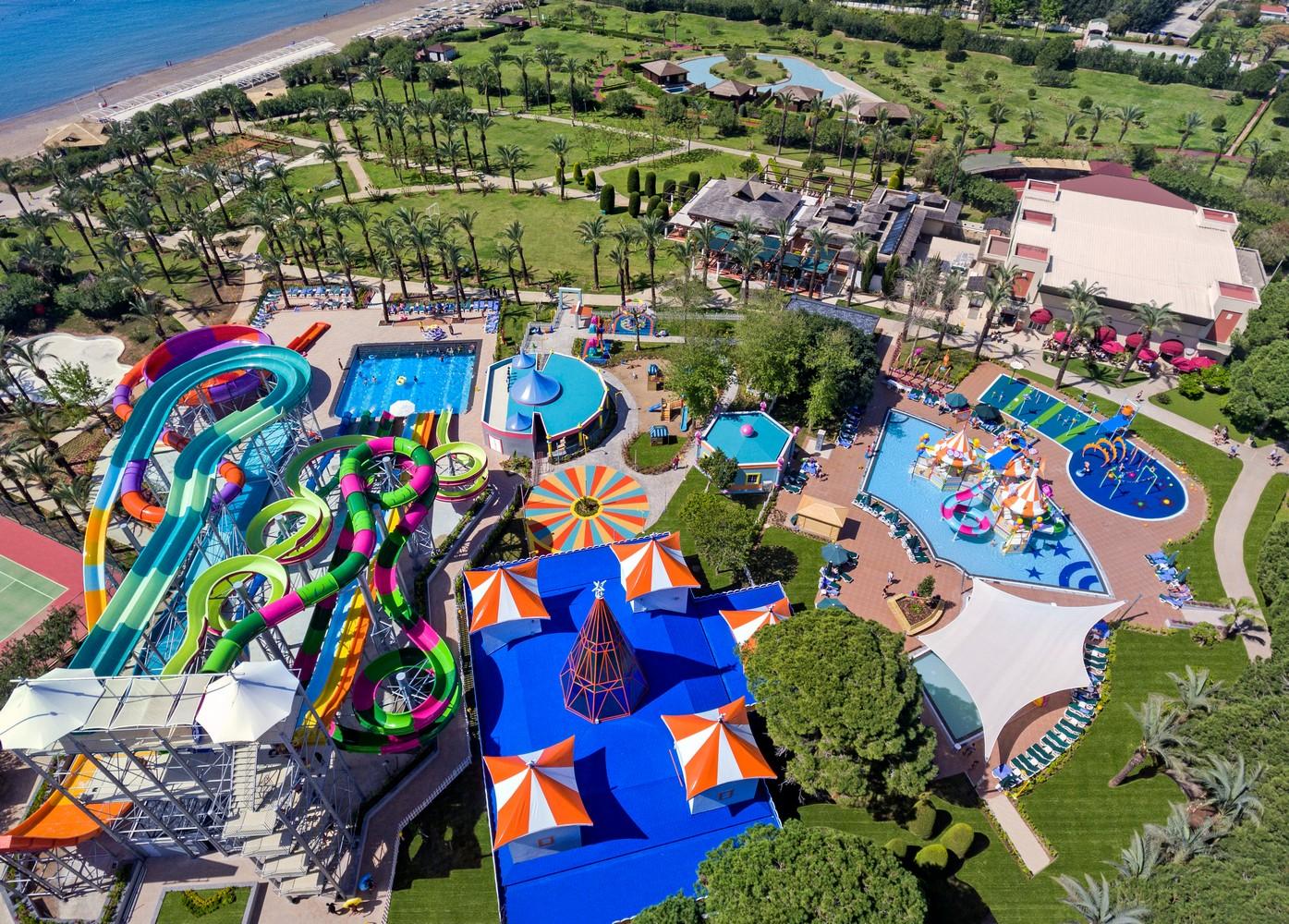 ic_hotels_green_palace_aquapark_4.jpg