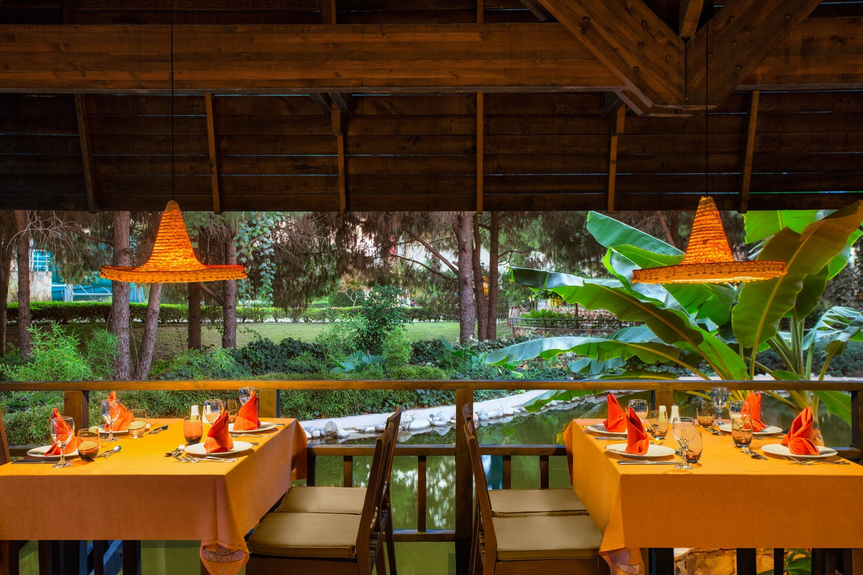 ic_hotels_green_palace_casa_mexicana_restaurant_2.jpg