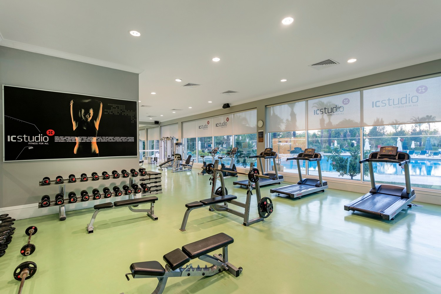 ic_hotels_green_palace_fitness_center_2.jpg