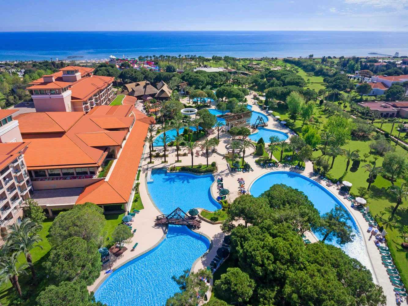ic_hotels_green_palace_general_view_1.jpg