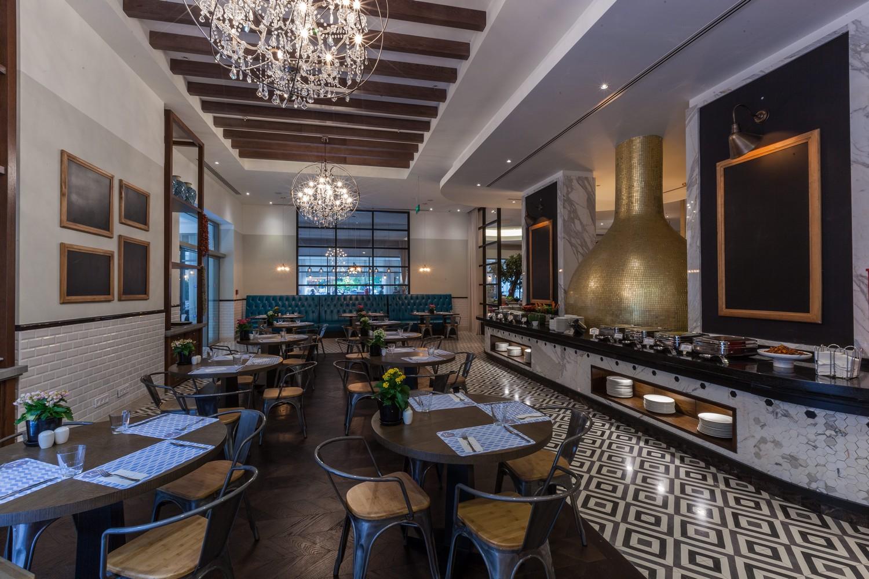 ic_hotels_green_palace_sofra_restaurant_6.jpg