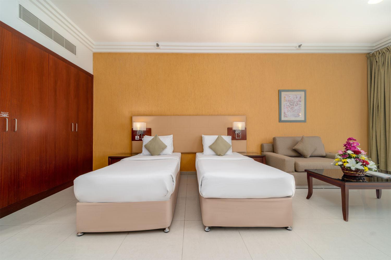 dlx-room-img-1.jpg