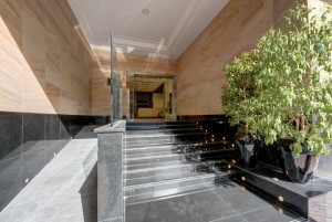 Hotel_Main_Entrance.jpg