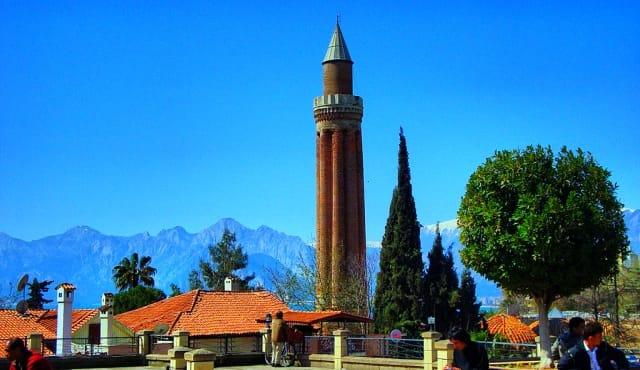 Antalya-Yivli-Minare.jpg