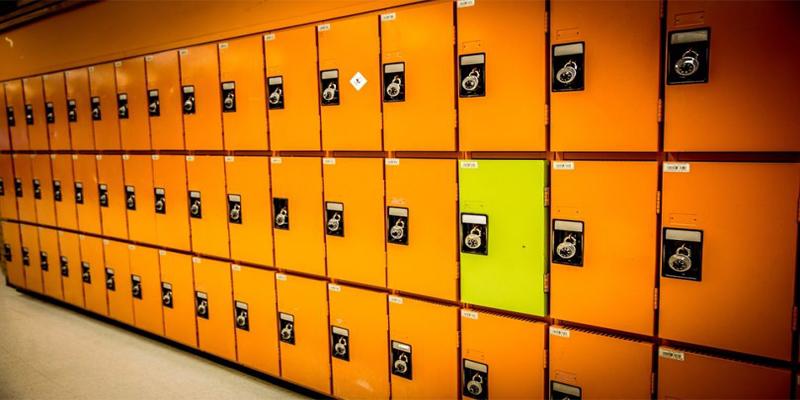 luggage-storage1.jpg