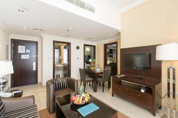 one-bedroom_apartment_panoramic.jpg