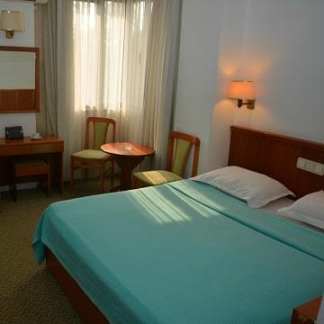 hotelguleryuzgallery_dblrm_360-360-min.jpg