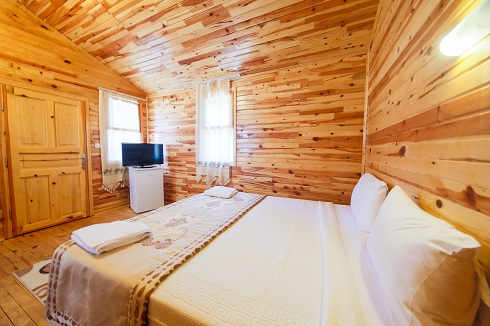 bungalow_room_boxes.jpg