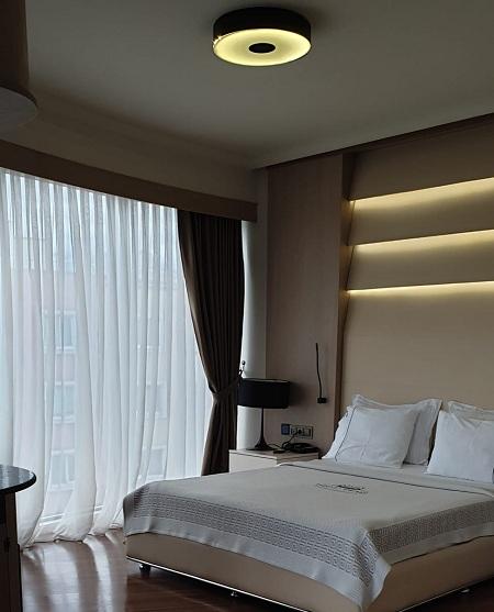 room-c_b.jpg