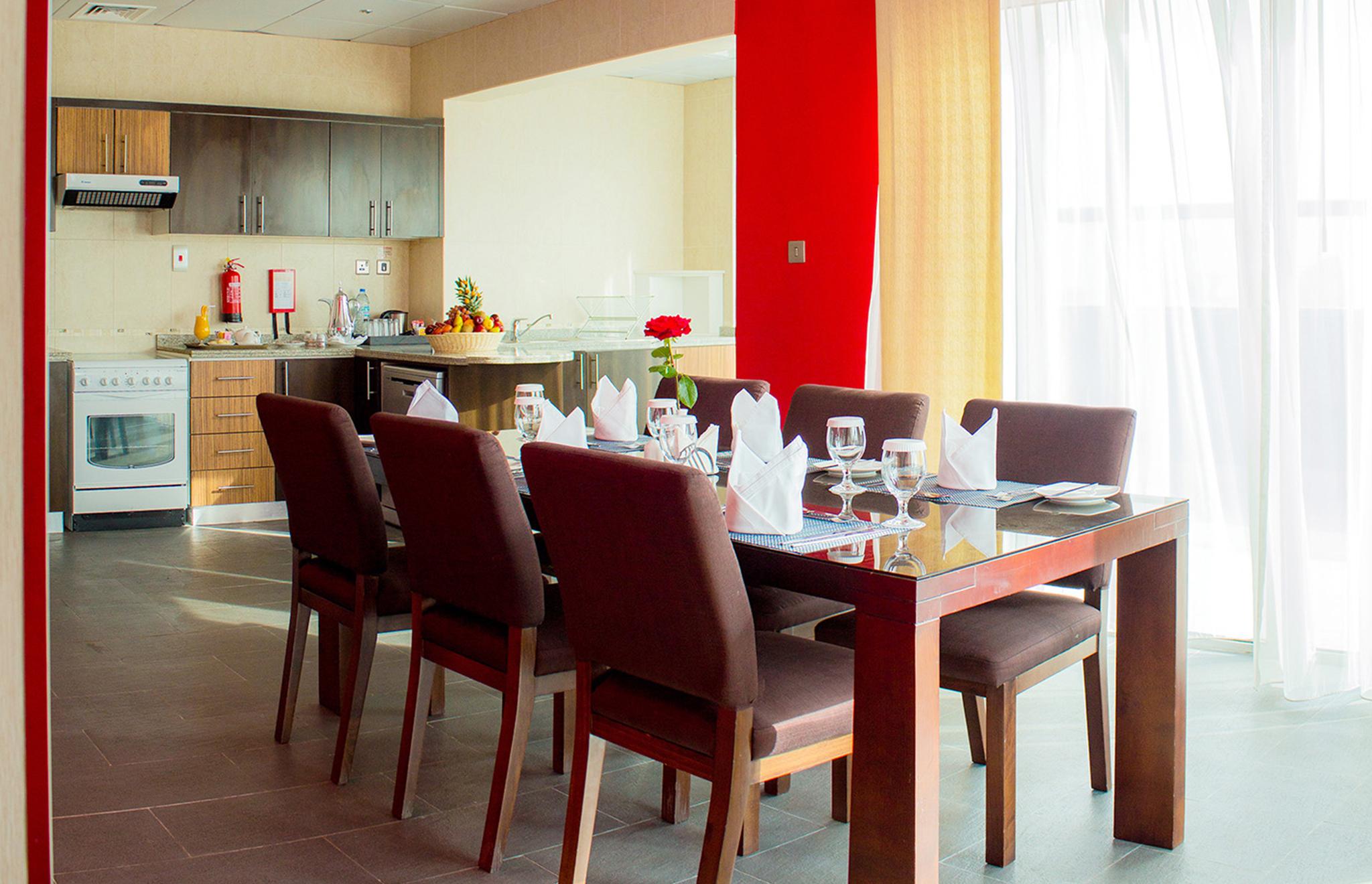 Image CPHA_4BR_Penthouse_Dining_Area.jpg