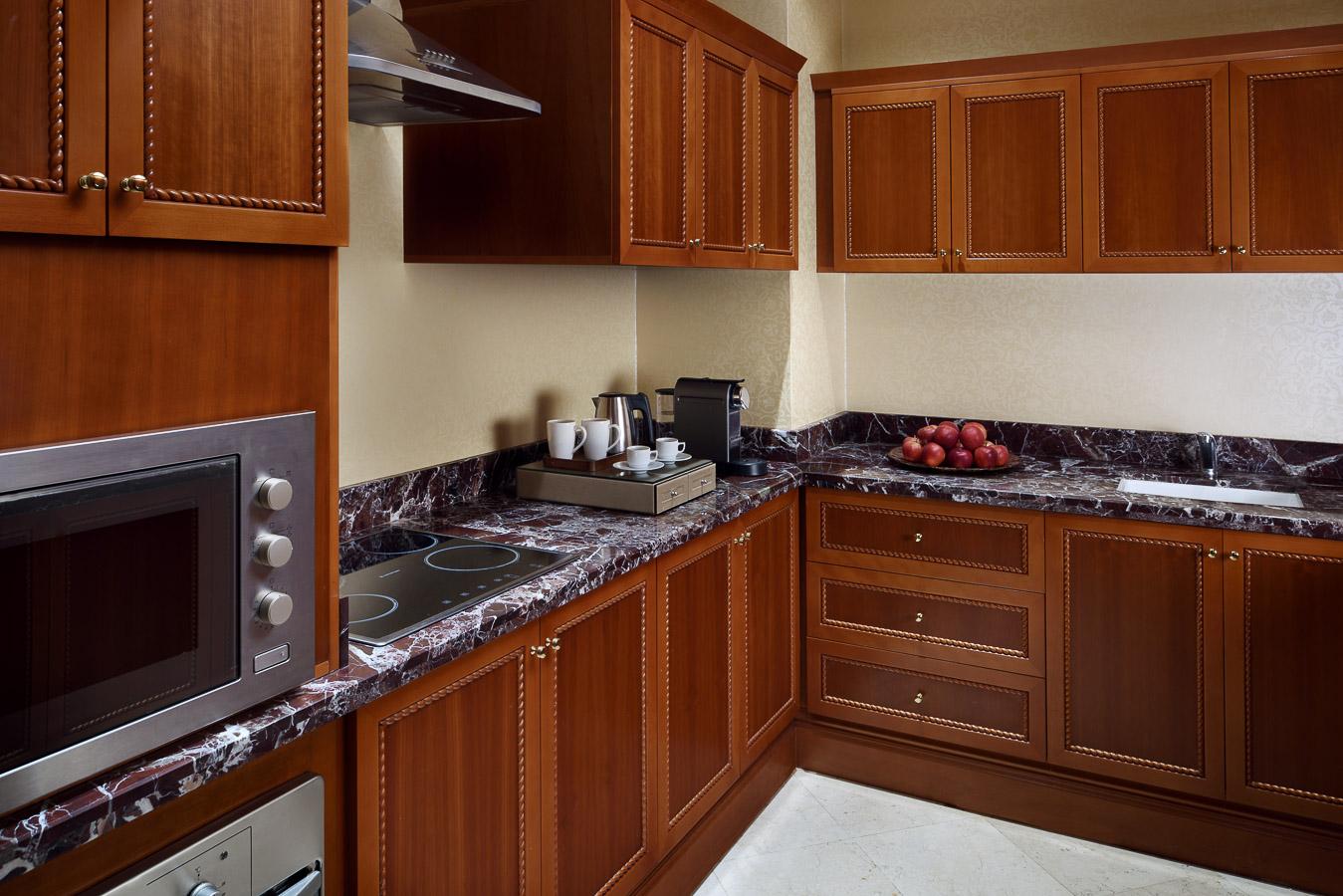 Park Suite Kitchen